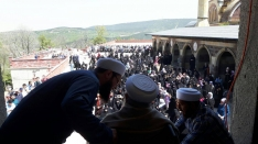 Sevgili Sultanımız Mahmud Efendi Hazretleri Camii Şerif`te ziyaret