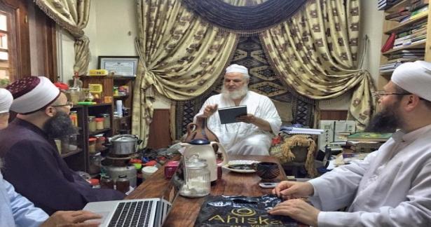 Arap aleminin en büyük âlimlerinden ve Şazeli şeyhi olan Mustafa Bihyâvî Hazretlerini ziyaret