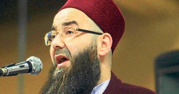 Cübbeli Ahmed Hocaefendi, Amenarrasulü tilavetinde bulundu