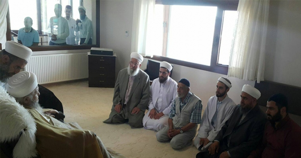 Efendi hazretlerimizi ziyaret edip duasını aldılar.