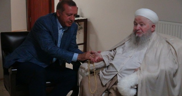 Muhterem Başbakanımız'dan, Mahmud Efendi Hazretlerimizi ziyaret