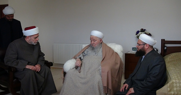 Şam Müftüsü Abdulfettah El-Bezm Efendi Hazretleri`ne (K.S) ziyarette bulundu